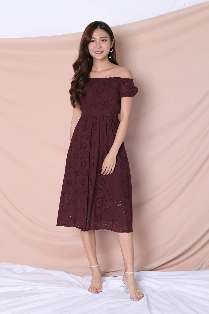 *TPZ* (PREMIUM) YULA EYELET DRESS IN PLUM - TOPAZETTE