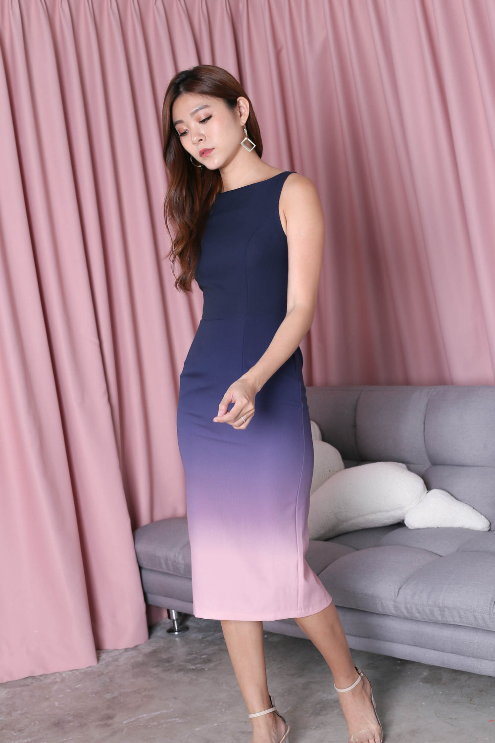 *TPZ* (PREMIUM) CLASSIC BODYCON MIDI OMBRE DRESS (NAVY/ PINK)