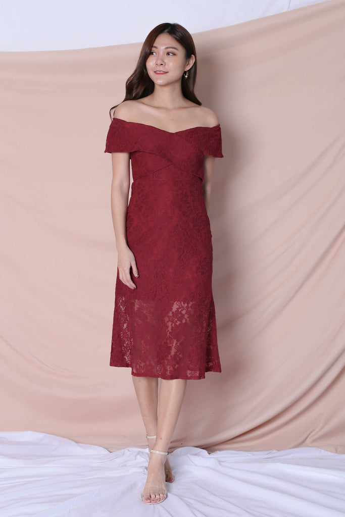 *TPZ* (PREMIUM) URSHA LACE OFF SHOULDER DRESS IN WINE - TOPAZETTE