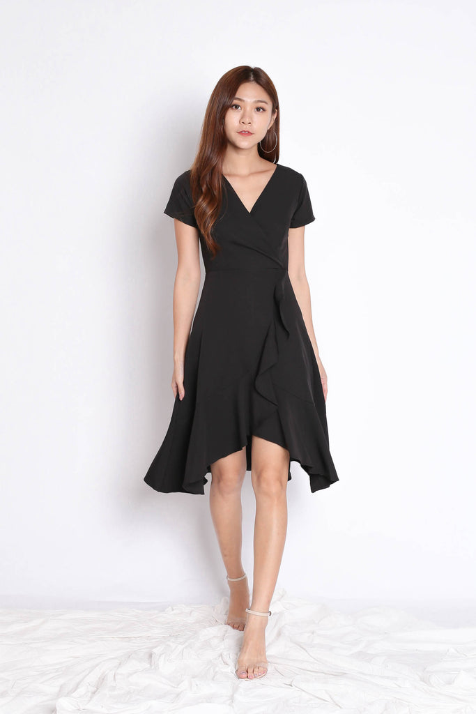 *TPZ* (PREMIUM) VELLA WRAP DRESS IN BLACK - TOPAZETTE