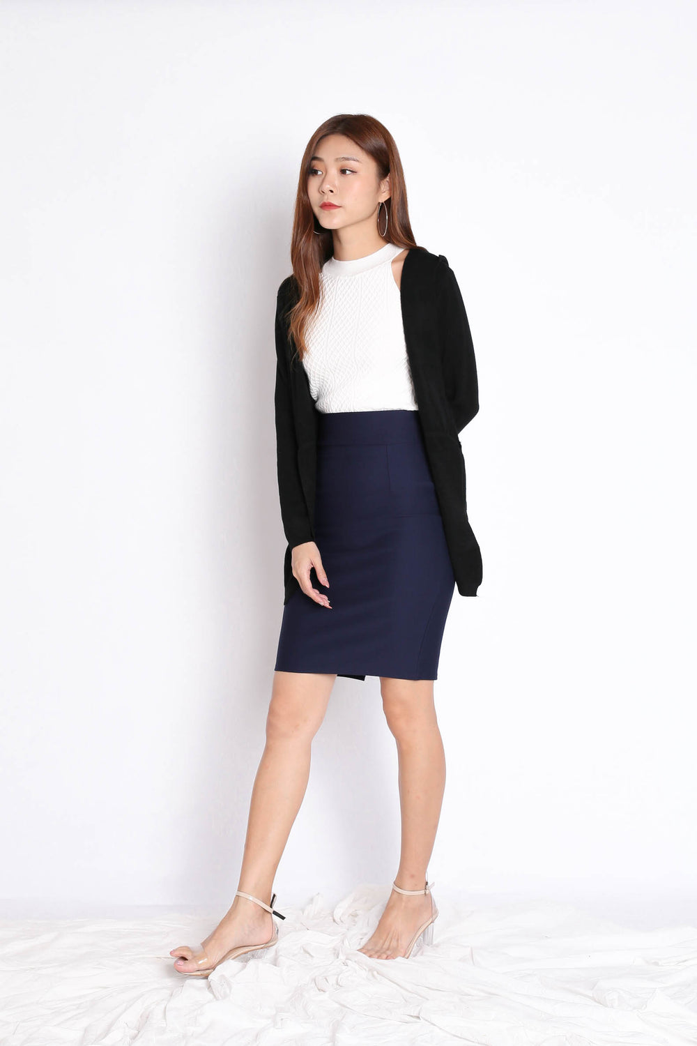 BRAE SOFT KNIT CARDIGAN IN BLACK