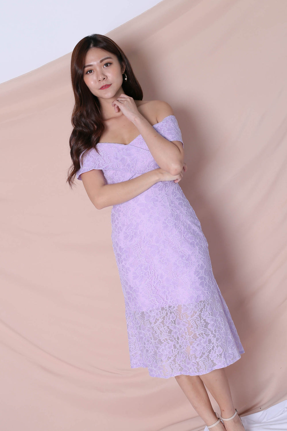 *TPZ* (PREMIUM) URSHA LACE OFF SHOULDER DRESS IN LAVENDER