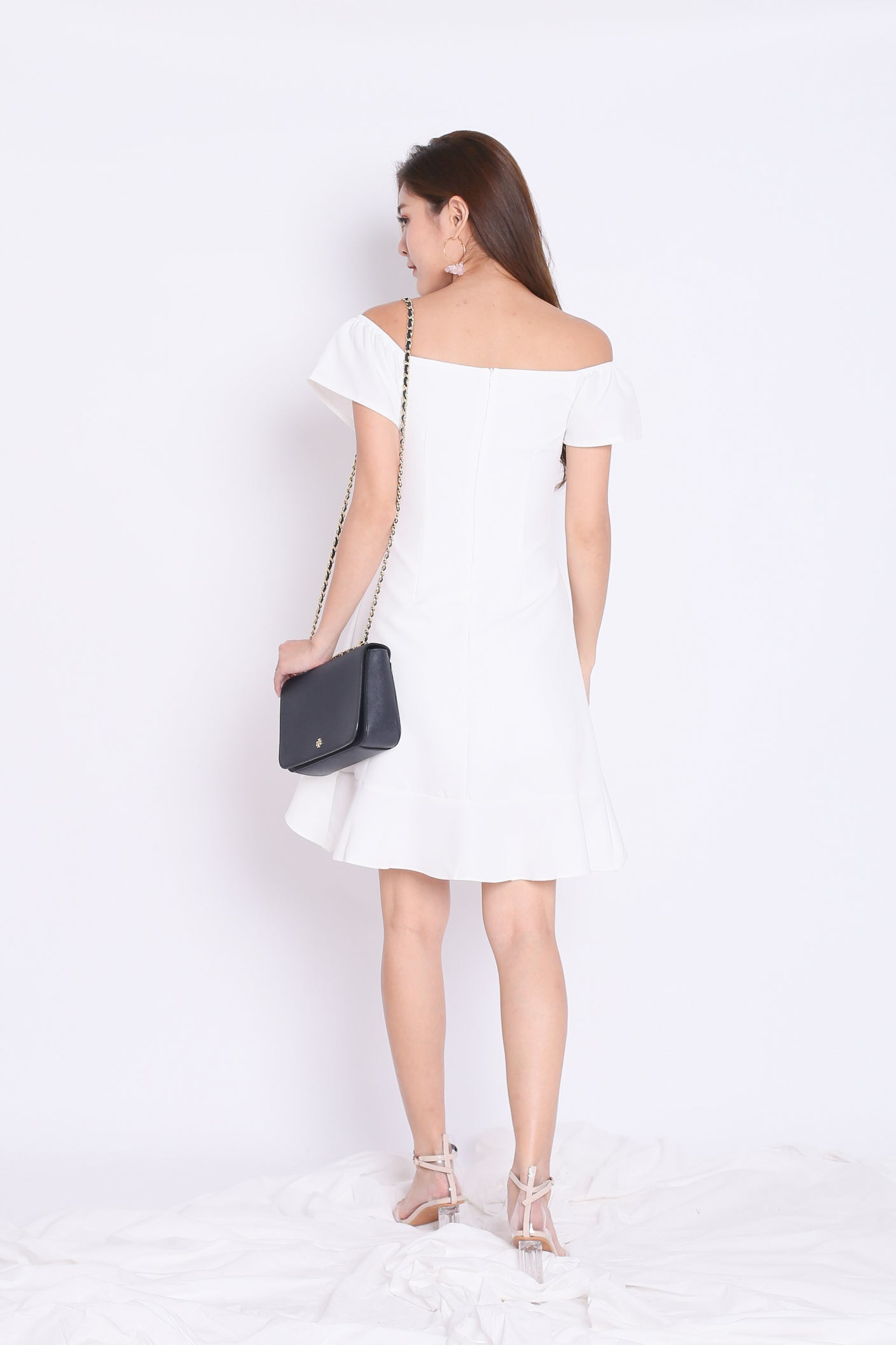 f91b2c8bfb5c PREMIUM) ALLYS RUFFLES OFF SHOULDER DRESS IN WHITE – TOPAZETTE
