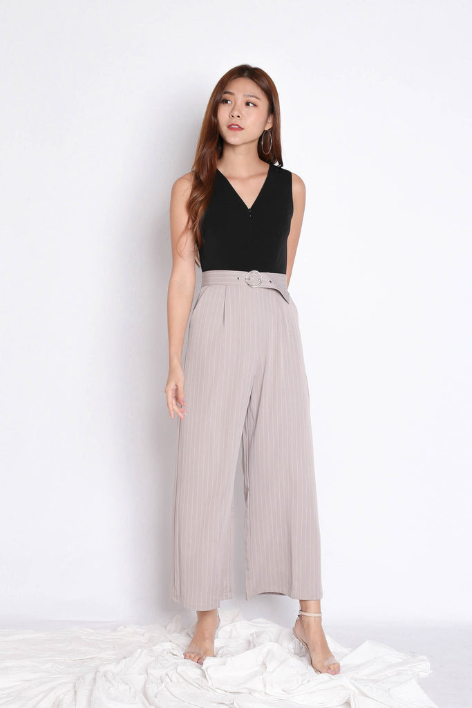 *TPZ* (PREMIUM) YOU GOT IT JUMPSUIT IN BLACK/ TAUPE - TOPAZETTE