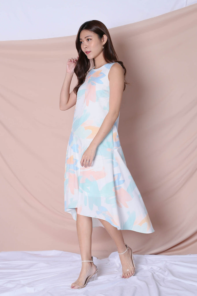 (PREMIUM) WATERCOLOUR DROP HEM ASYMMETRICAL DRESS - TOPAZETTE