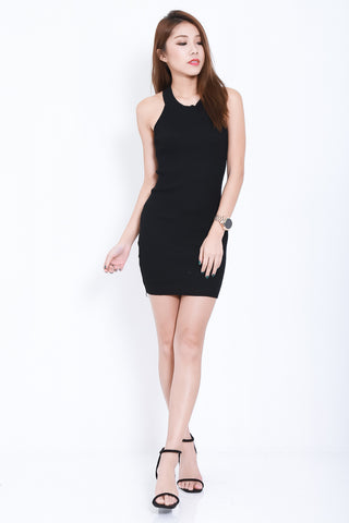 NIKS KNIT DRESS IN BLACK - TOPAZETTE