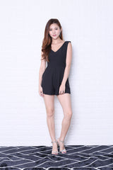 *TOPAZ* (PREMIUM) VAUGHAN ROMPER IN BLACK
