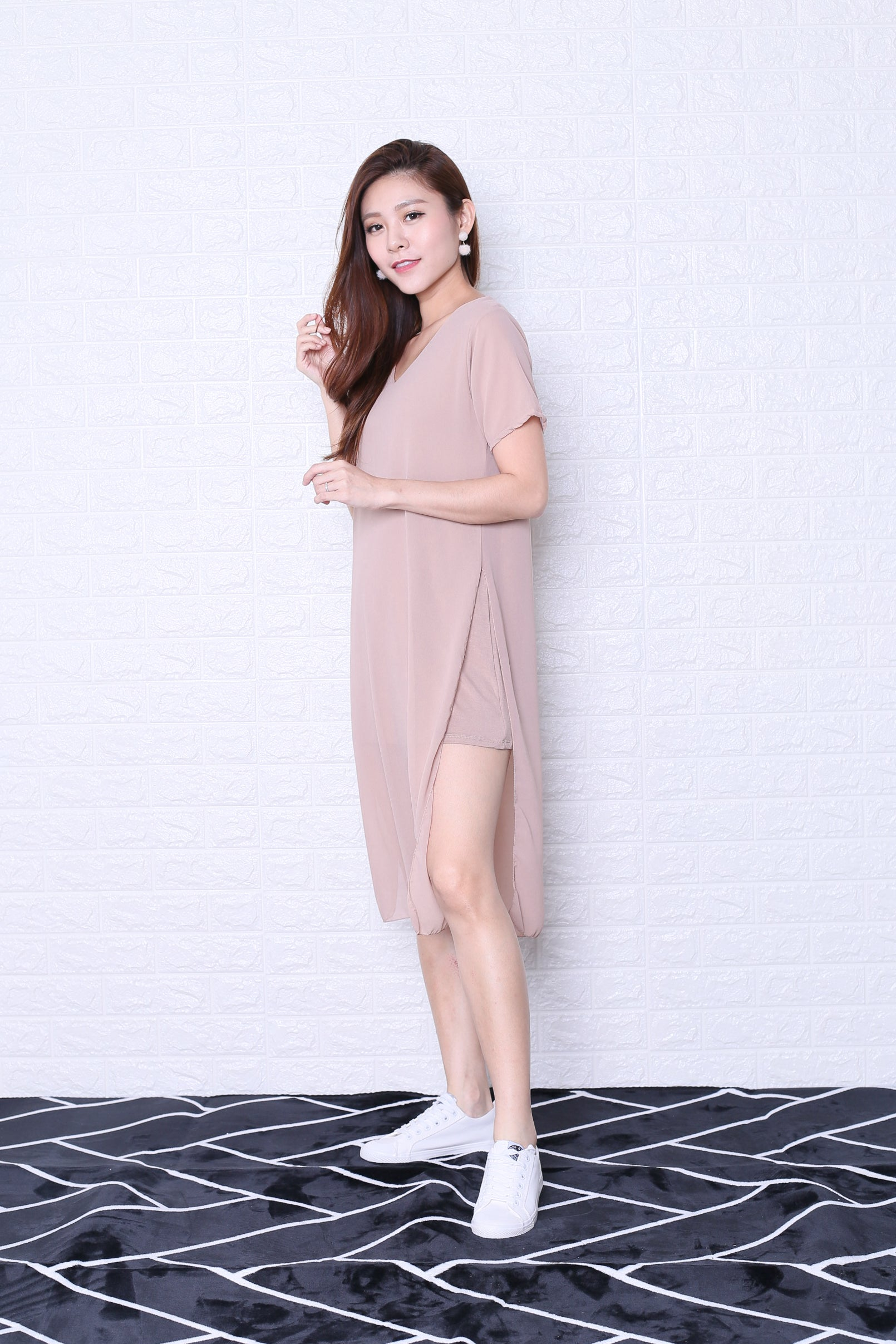 *BACKORDER* PEYTON CHIFFON OVERLAY DRESS IN NUDE