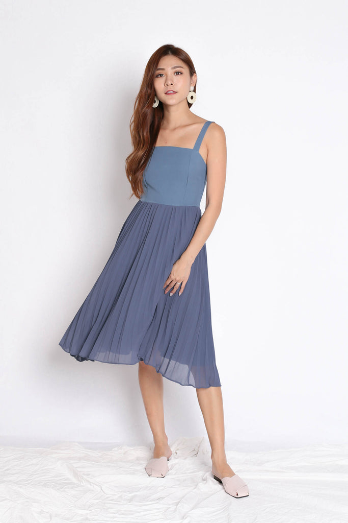 *TPZ* (PREMIUM) DIVINE PLEATED DRESS IN BLUE - TOPAZETTE