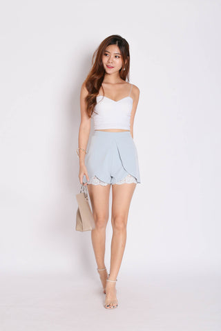 *TPZ* (PREMIUM) AYLA LACE SHORTS IN DUSTY BLUE