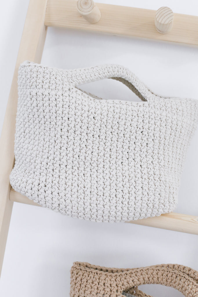 *BACKORDER* KNIT SMALL TOTE BAG