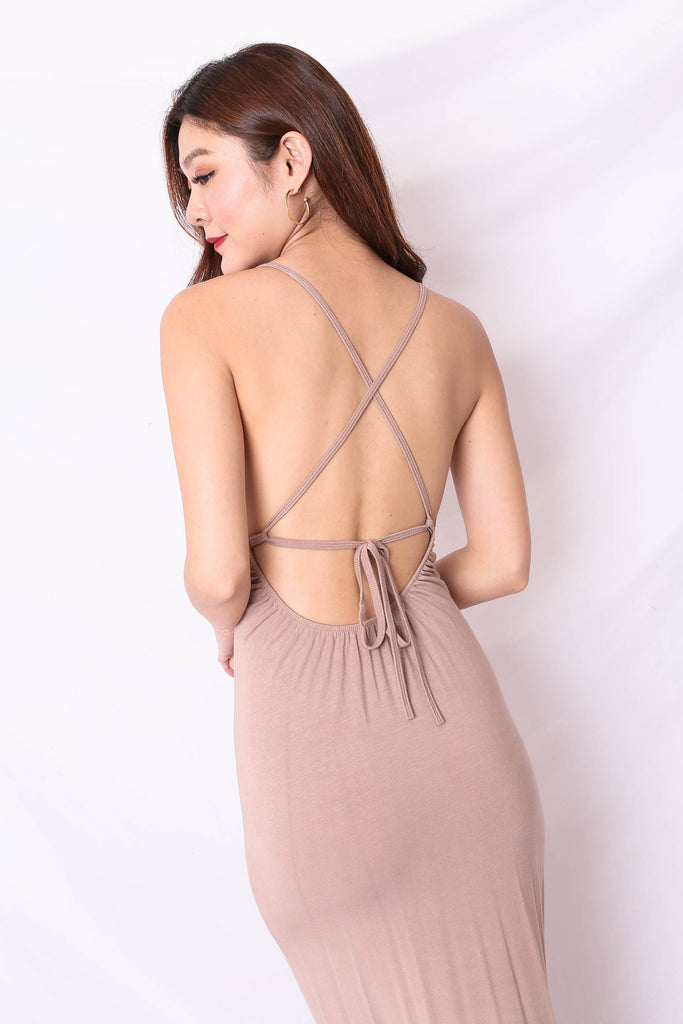 ELIANNA MAXI DRESS IN TAUPE