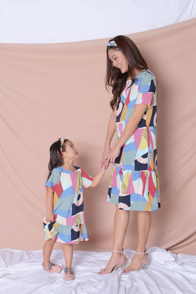 *LITTLE TOPAZETTE* THE COLOURFUL ABSTRACT DROP WAIST DRESS (VERSION 1) BLUE/PINK - TOPAZETTE