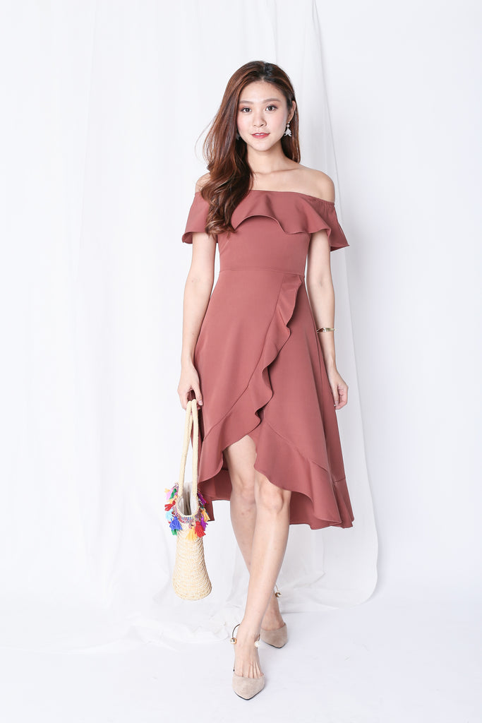 *TPZ* (PREMIUM) FRANCESCA RUFFLED MIDI DRESS IN DUSTY CORAL - TOPAZETTE