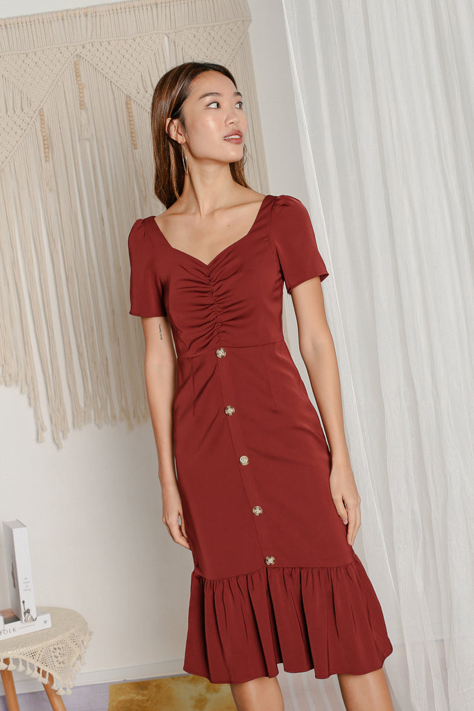 *TPZ* CALISTA RUCHED MIDI DRESS IN BURGUNDY