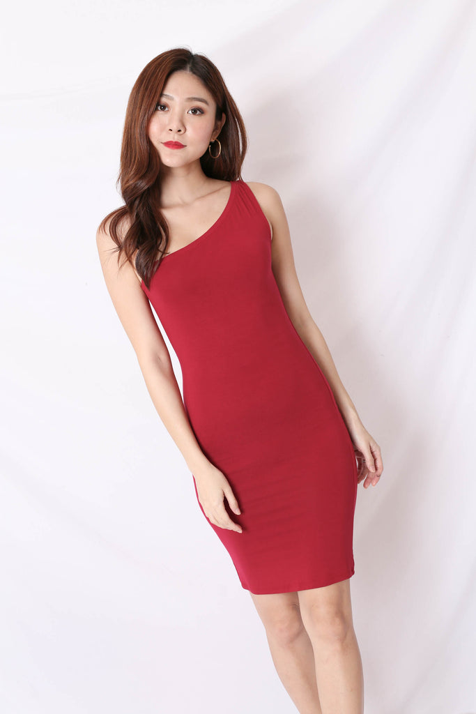BASIC TOGA BODYCON DRESS IN WINE