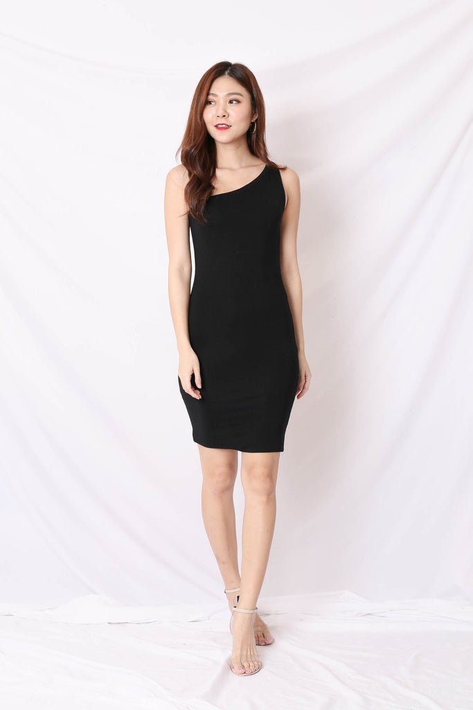 BASIC TOGA BODYCON DRESS IN BLACK