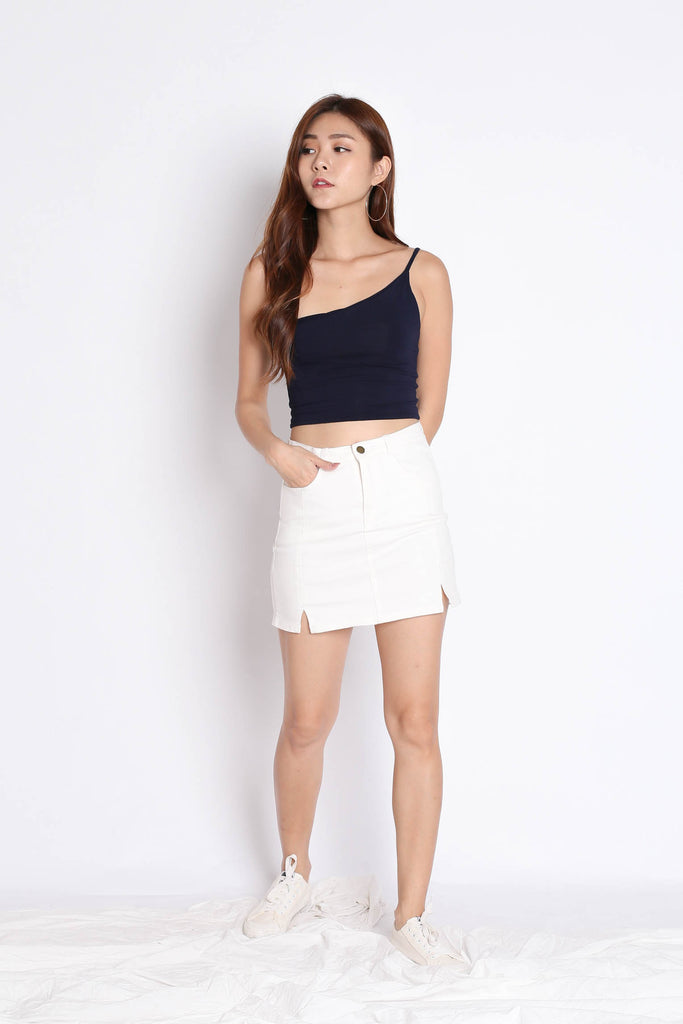 BASIC TOGA SPAG CROP TOP IN NAVY - TOPAZETTE