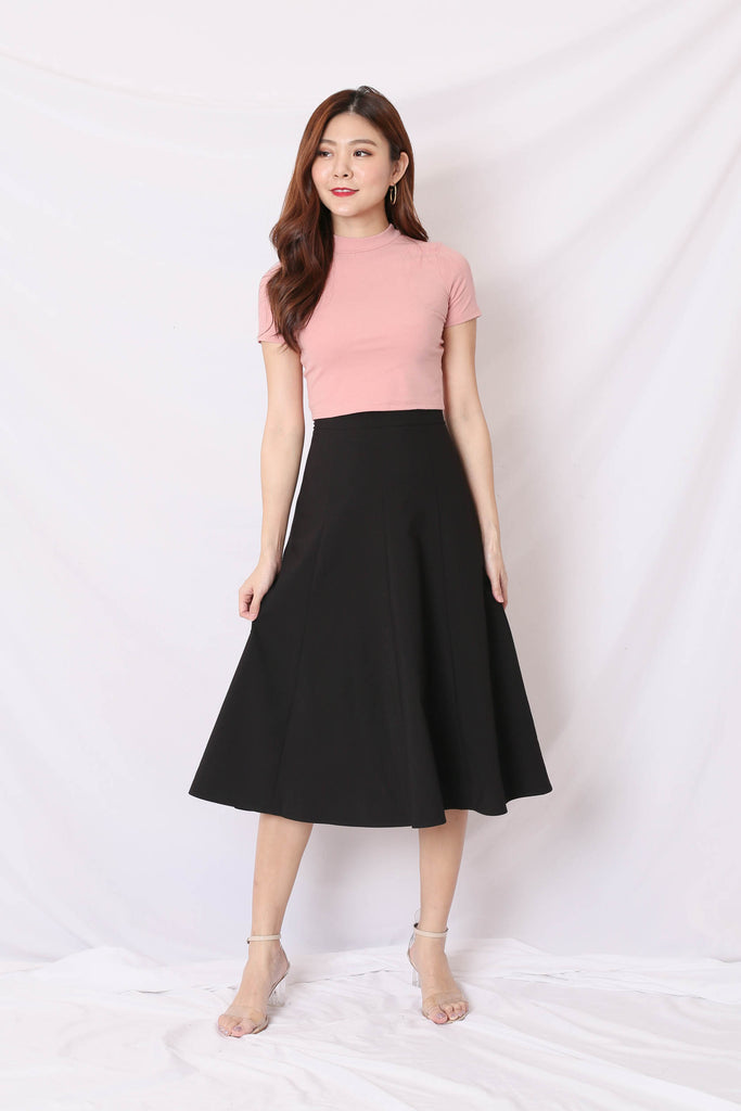 KIM MIDI SKIRT IN BLACK