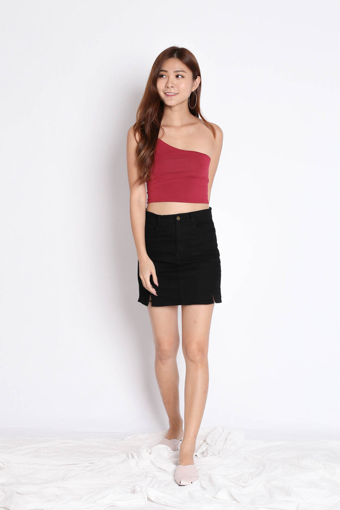 CARINS DENIM SKIRT IN BLACK - TOPAZETTE