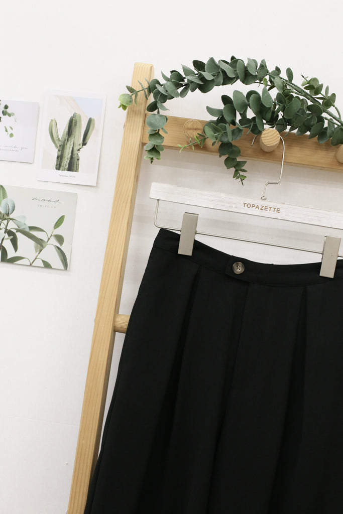 *TPZ* DIANA CULOTTES IN BLACK