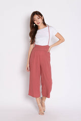 XYNN JUMPER DUNGAREE SET IN DUSTY CORAL