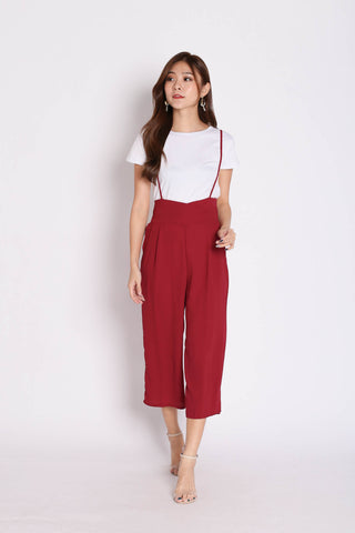 XYNN JUMPER DUNGAREE SET IN BURGUNDY