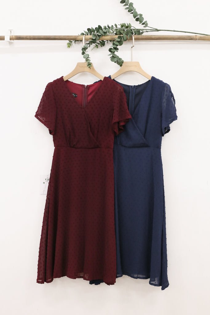 *TPZ* SONIA SWISS DOT DRESS IN BURGUNDY