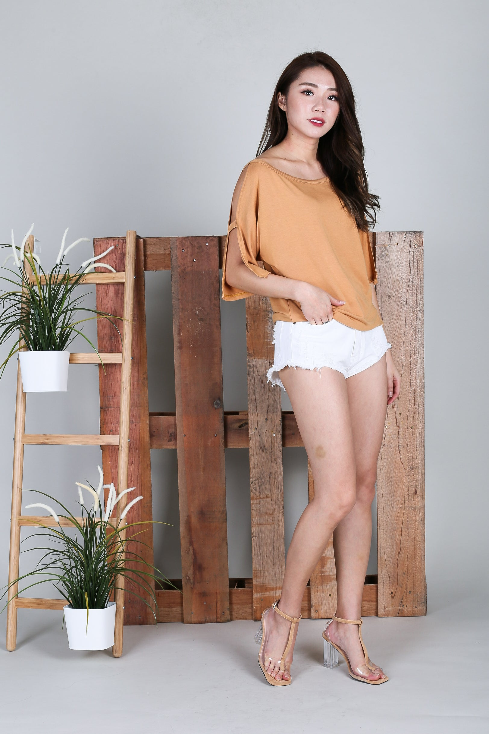 BRENNA SLOUCH TOP IN MUSTARD