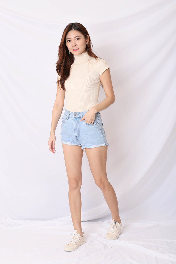 OLVA HIGH NECK SOFT KNIT TOP IN CREAM