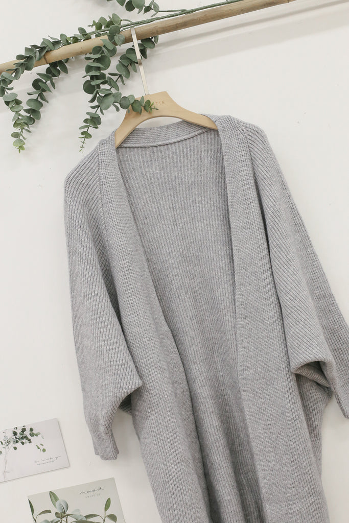 *BACKORDER* BEA COSY SOFT KNIT CARDIGAN IN GREY