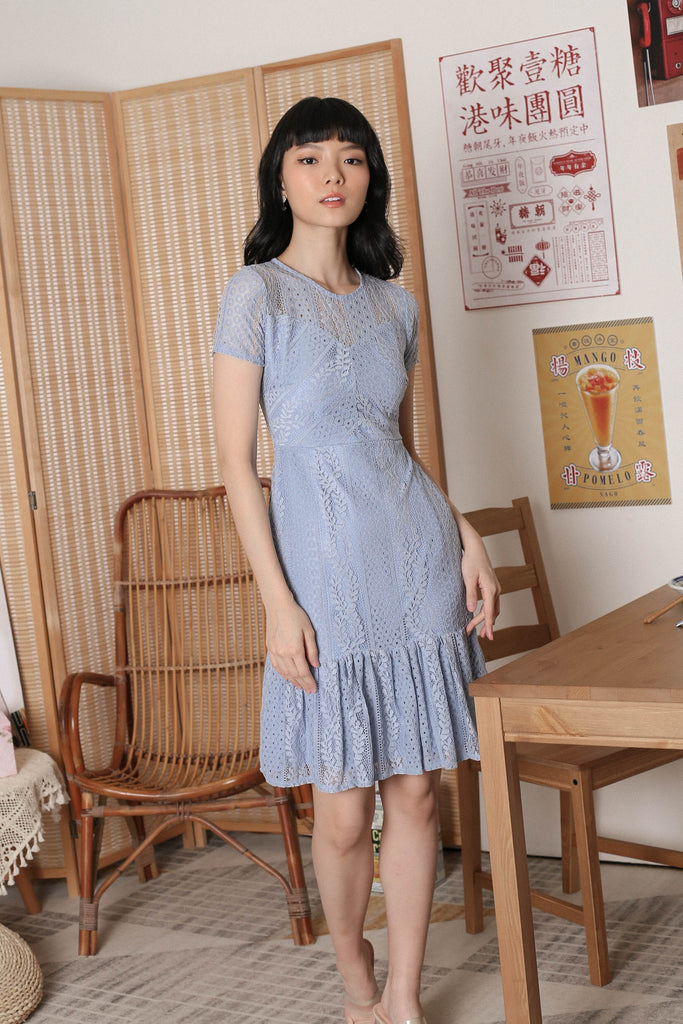 *TPZ* KEQI LACE DRESS IN BABY BLUE