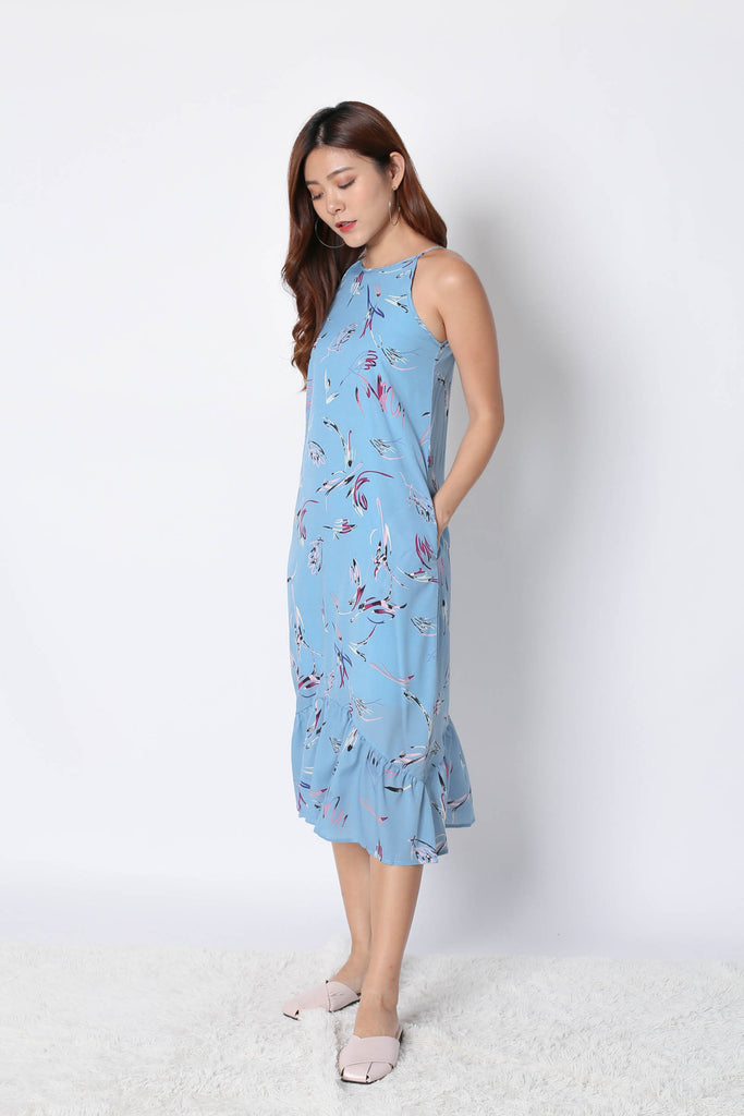 (PREMIUM) REZA ABSTRACT DROP WAIST DRESS IN BLUE