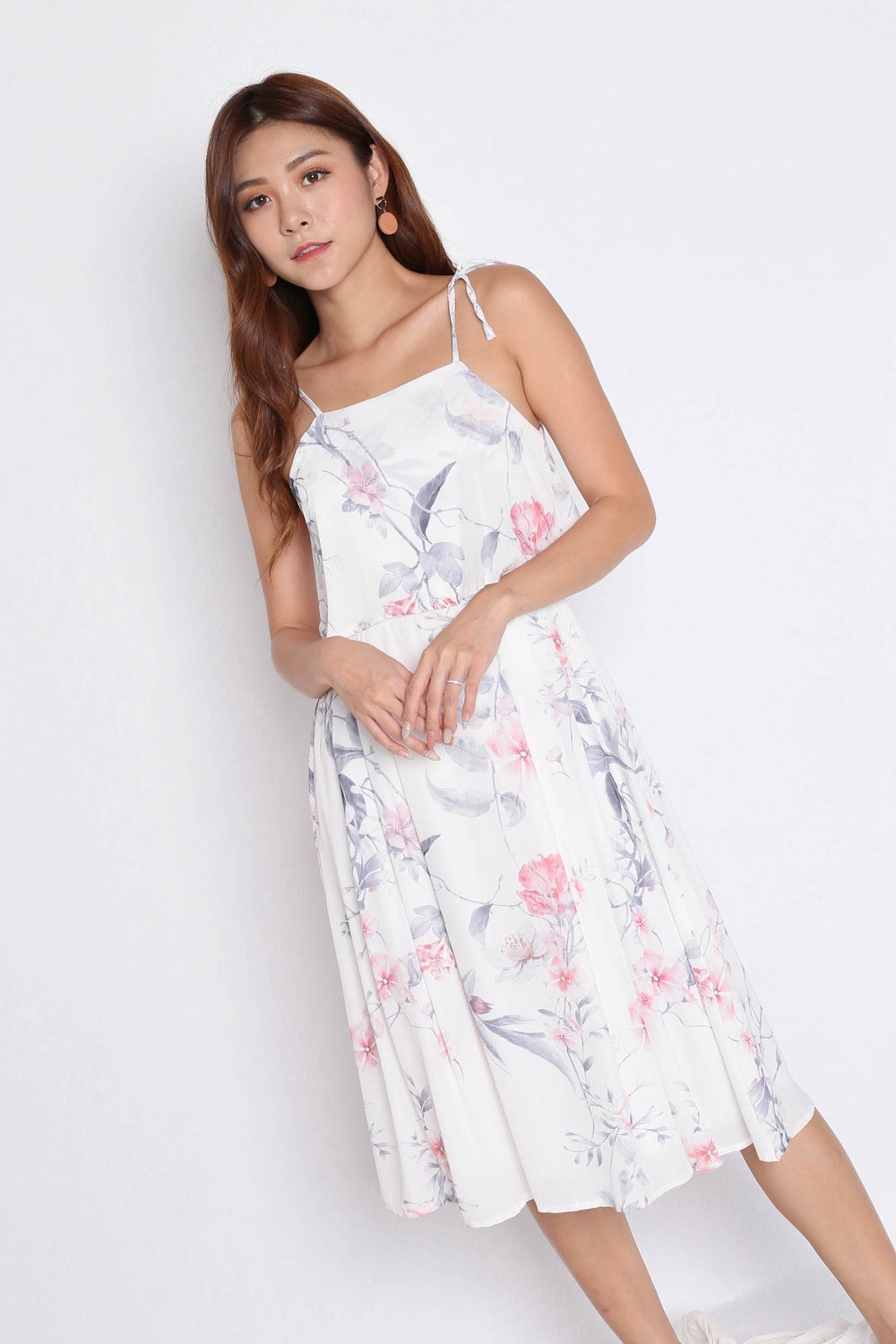 *TPZ* (PREMIUM) CARRIE TIE STRING RIBBON DRESS IN WHITE FLORALS