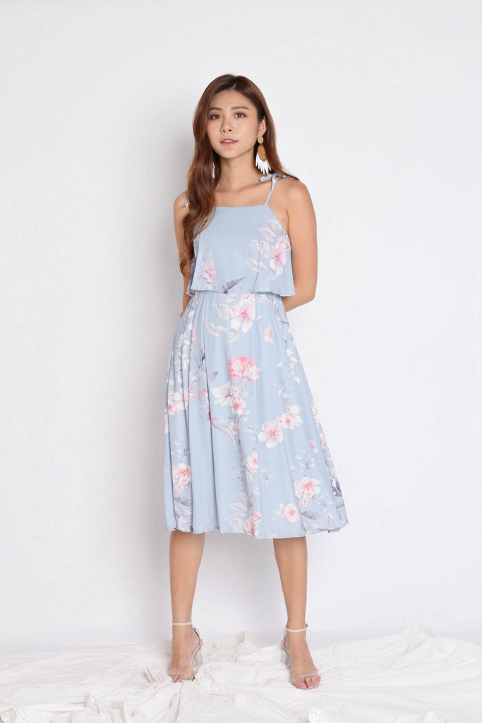 *TPZ* (PREMIUM) CARRIE TIE STRING RIBBON DRESS IN DUSTY BLUE FLORALS - TOPAZETTE