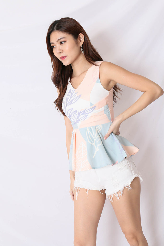 *TPZ* (PREMIUM) AVALYN PEPLUM TOP IN PASTEL FLORALS