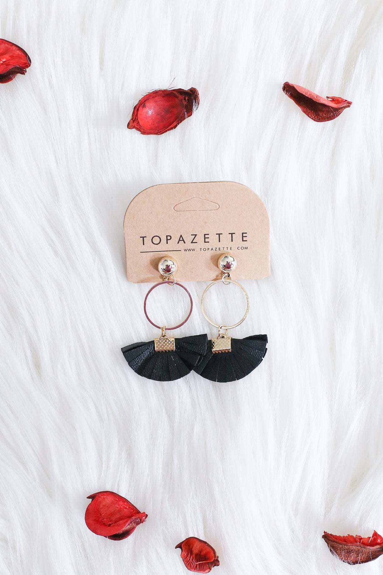 FAN OUT LEATHER TASSEL EARRINGS