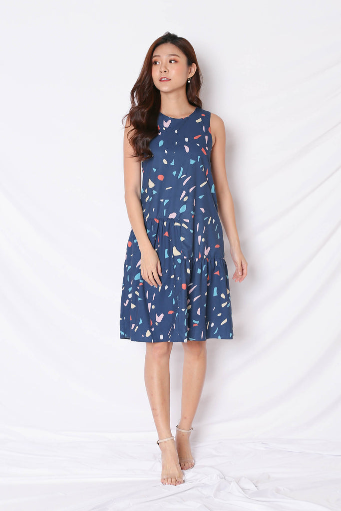 *BACKORDER* (PREMIUM) CONFETTI HI LOW HEM DRESS IN NAVY