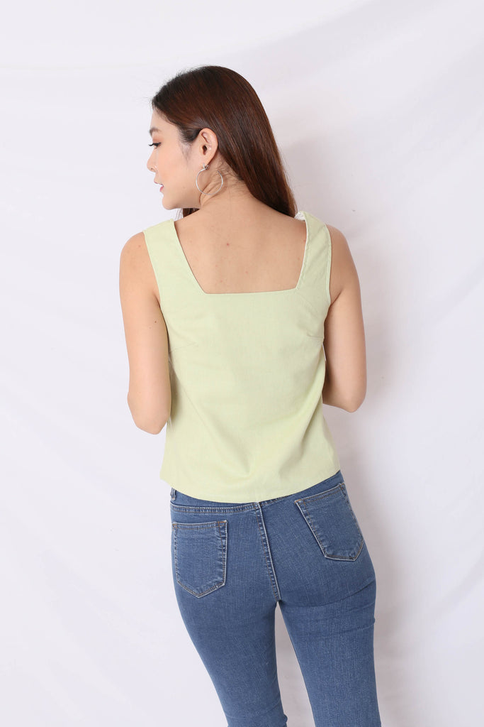 *MADEBYTPZ* (PREMIUM) ILLY LINEN REVERSIBLE TOP (WHITE/ APPLE GREEN)