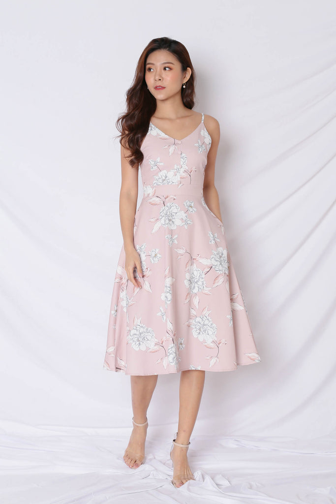 *TPZ* (PREMIUM) SELVIA DRESS IN DUSTY PINK FLORALS - TOPAZETTE