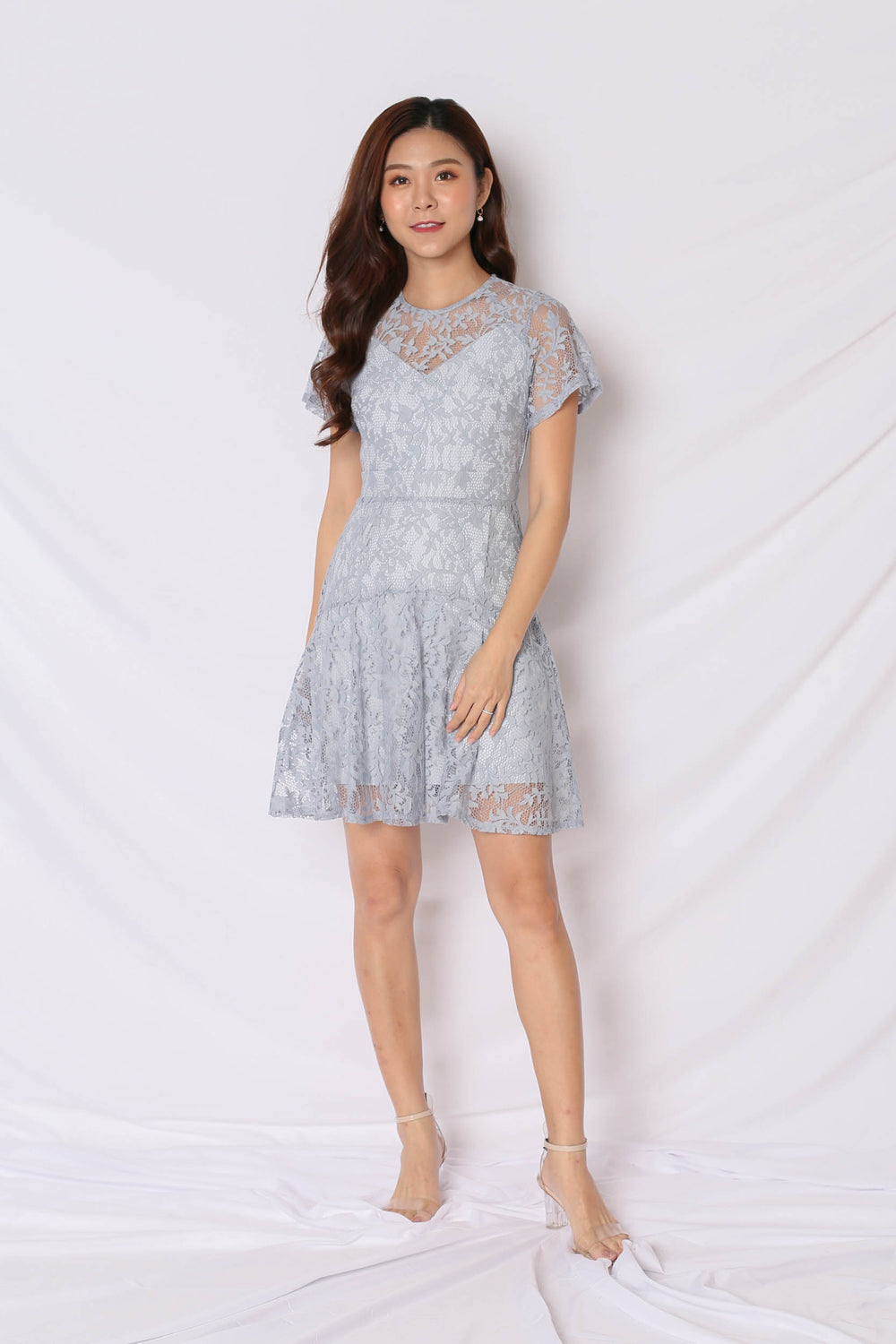 *TPZ* (PREMIUM) ALYTON LACE DRESS IN DUSTY BLUE