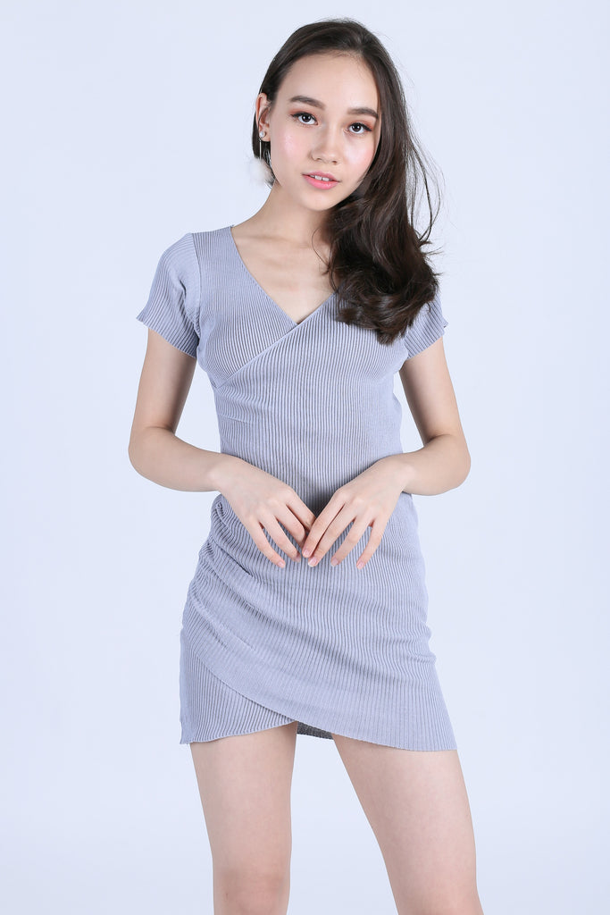 WELYN V NECK WRAP KNIT DRESS IN GREY - TOPAZETTE