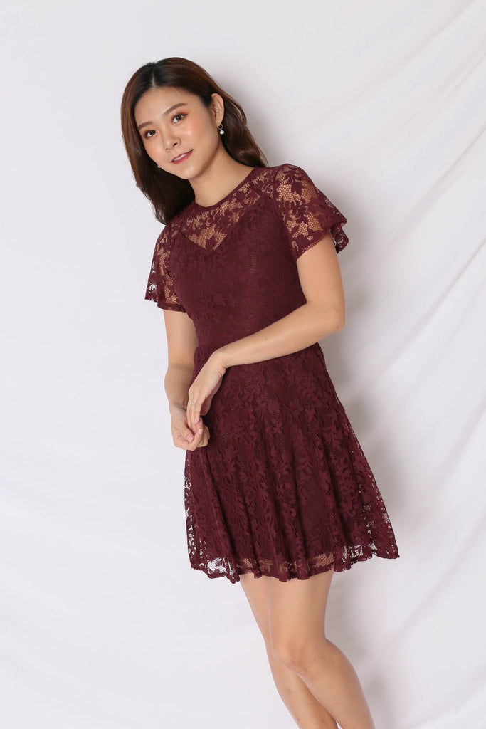 *TPZ* (PREMIUM) ALYTON LACE DRESS IN PLUM