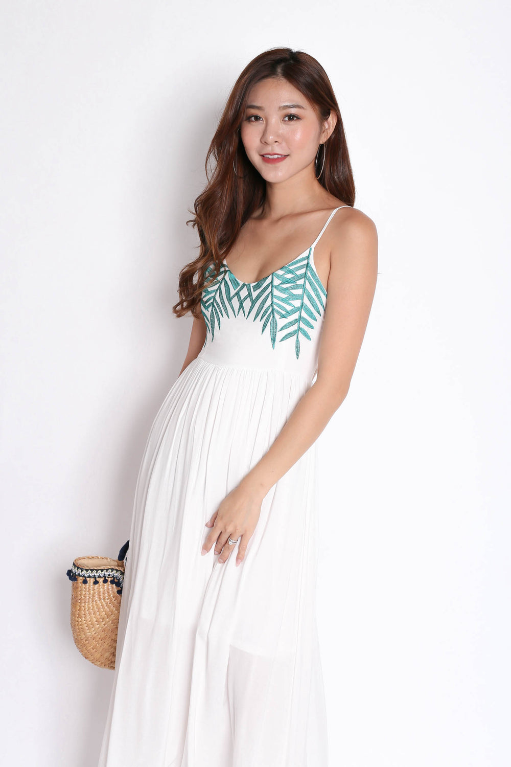 *BACKORDER* LEAVES EMBROIDERY MAXI IN WHITE