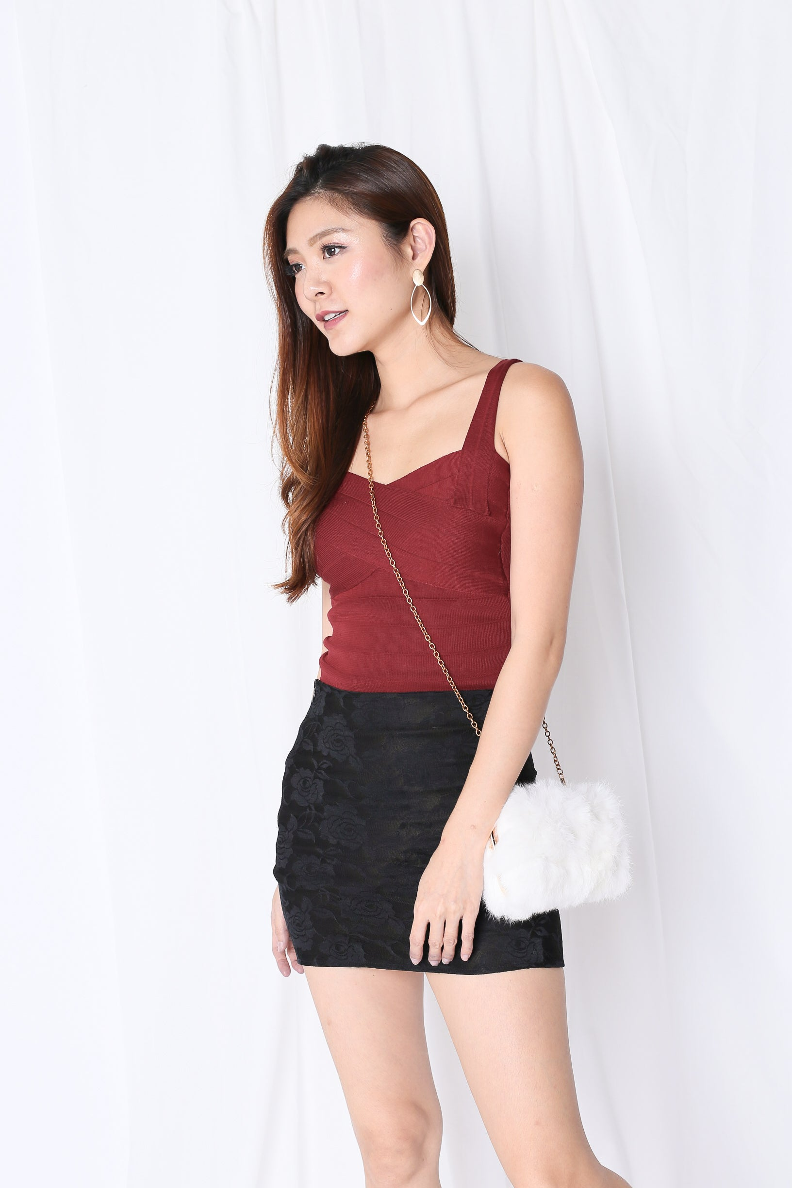 BASIC BANDAGED KNIT TOP IN WINE