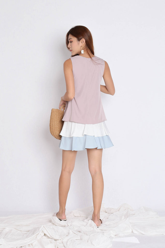 (PREMIUM) DOVE COLOUR BLOCK TIER DRESS IN DUSTY PINK