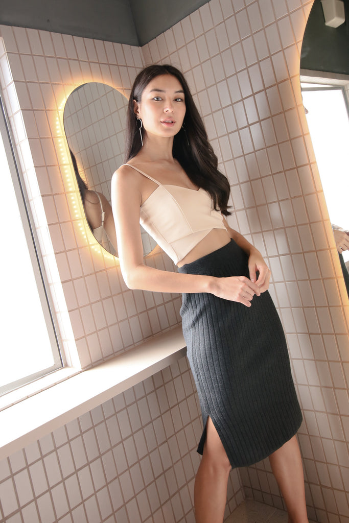 GAIL KNIT SKIRT IN DARK GREY
