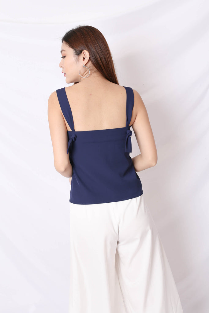 *TPZ* (PREMIUM) AMBER KNOT TOP IN NAVY
