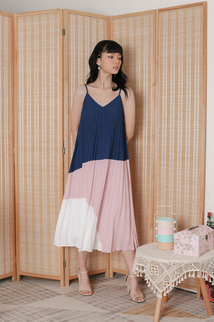 *TPZ* (PREMIUM) BLISSE COLOURBLOCK PLEATED DRESS (NAVY/ PINK)