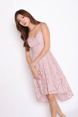 (PREMIUM) LOVRYN LACE DRESS IN DUSTY PINK